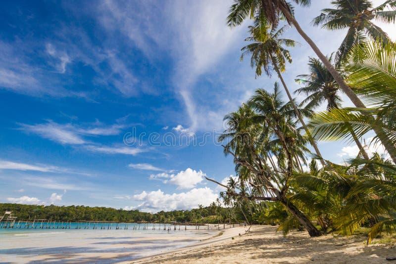 夏天海滩在泰国 免版税库存照片