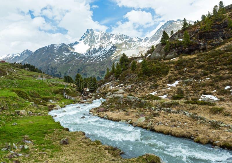 夏天阿尔卑斯山风景(奥地利) 免版税库存图片
