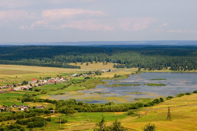 夏天风景,从山的看法 图库摄影