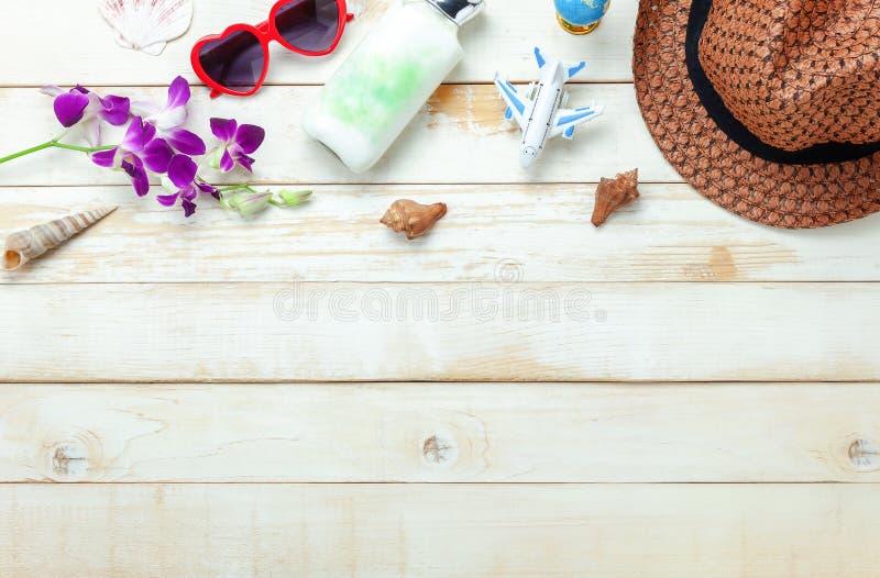 夏天&旅行海滩假日的台式视图空中图象在季节 免版税库存图片