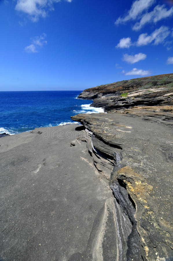 夏威夷熔岩岩石海岸线 图库摄影