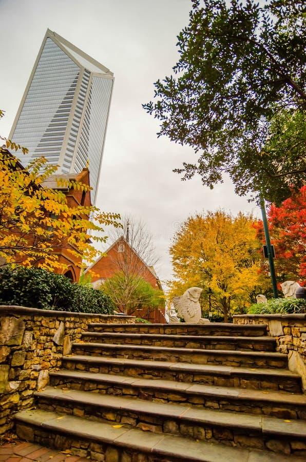 夏洛特市地平线秋天季节 库存图片
