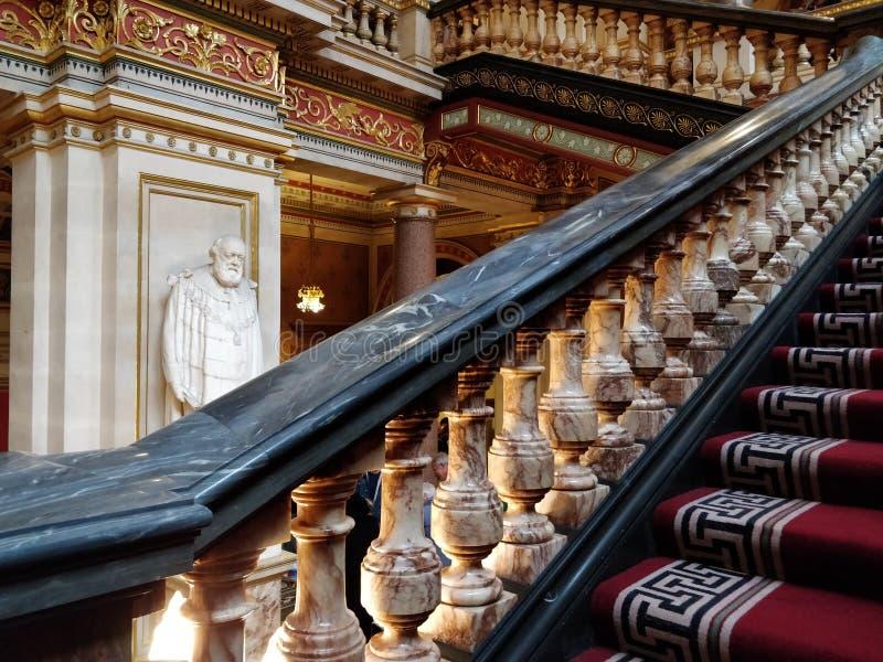 外国的豪华楼梯&联邦办公室 免版税库存照片