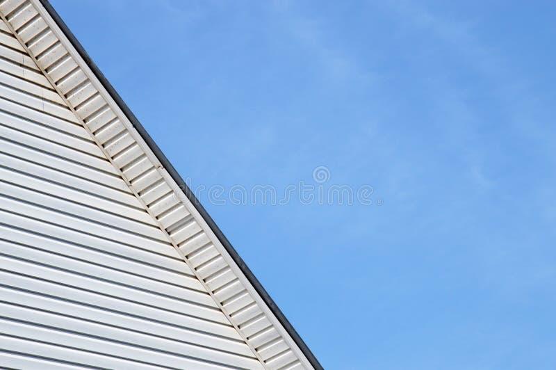外部门面房子屋顶的细节整理了房屋板壁 免版税库存图片