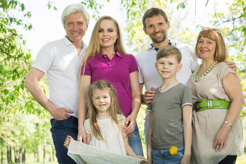 多一代家庭 库存照片