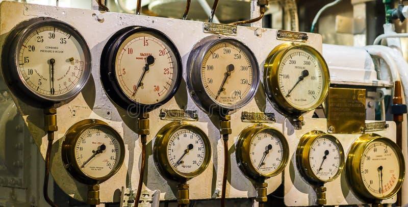 多个压力量器 库存照片