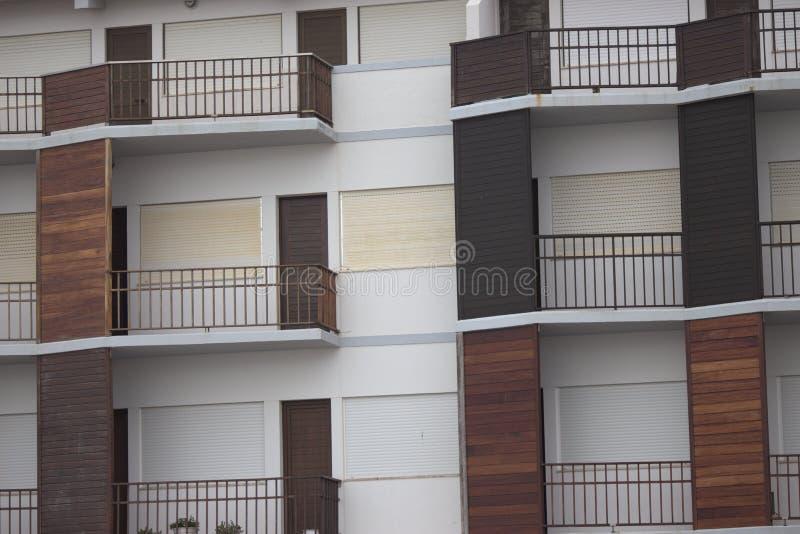 多个棕色阳台 免版税库存图片