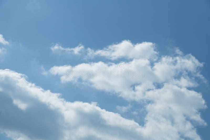 多云天空软的孑然正方形浩大柔软光滑, 免版税库存图片