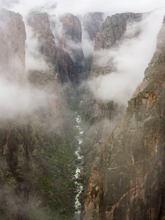 多云峡谷视图, Gunnison的黑峡谷,科罗拉多 免版税图库摄影