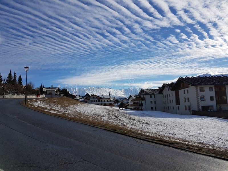 多云被构造的天空自然艺术 免版税库存图片
