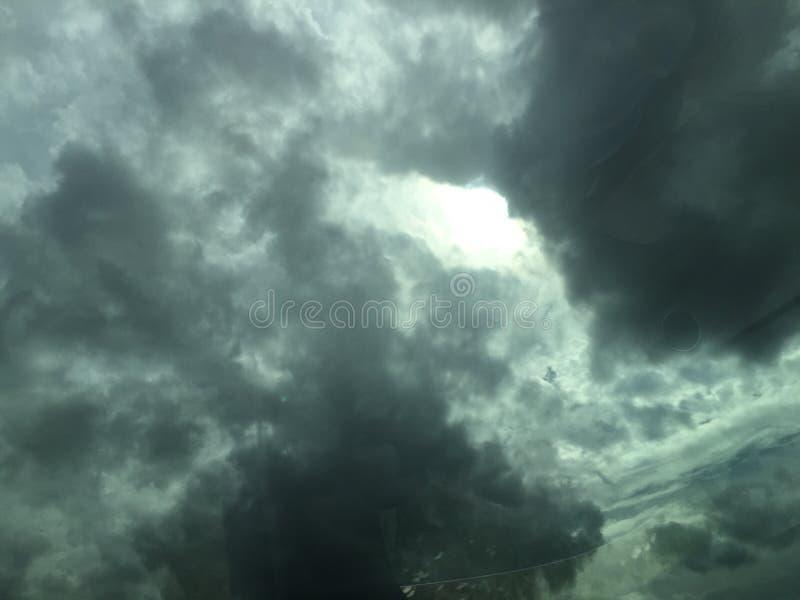 多云黑暗的天空 图库摄影