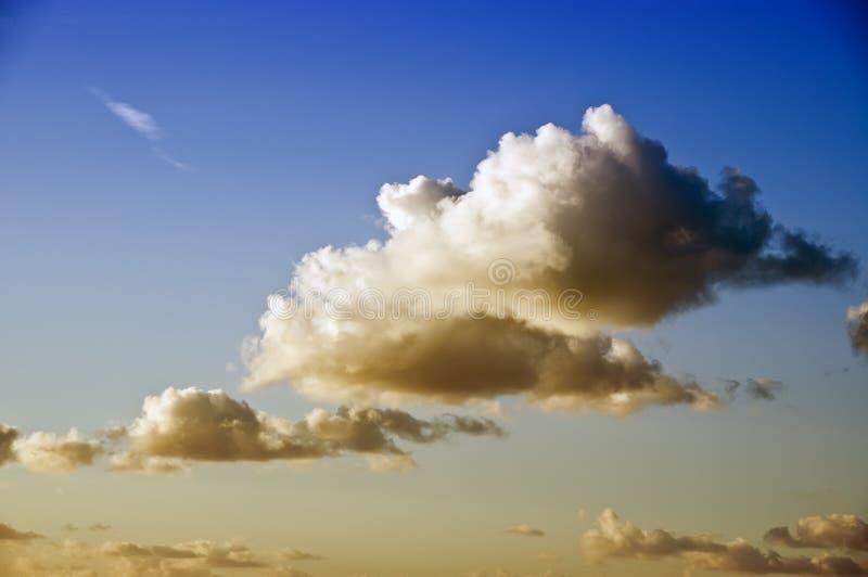 多云skys 库存图片