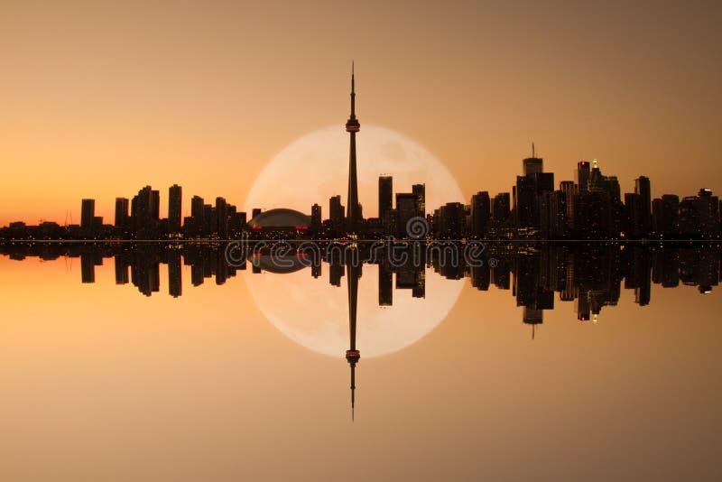 多伦多地平线反映 免版税图库摄影
