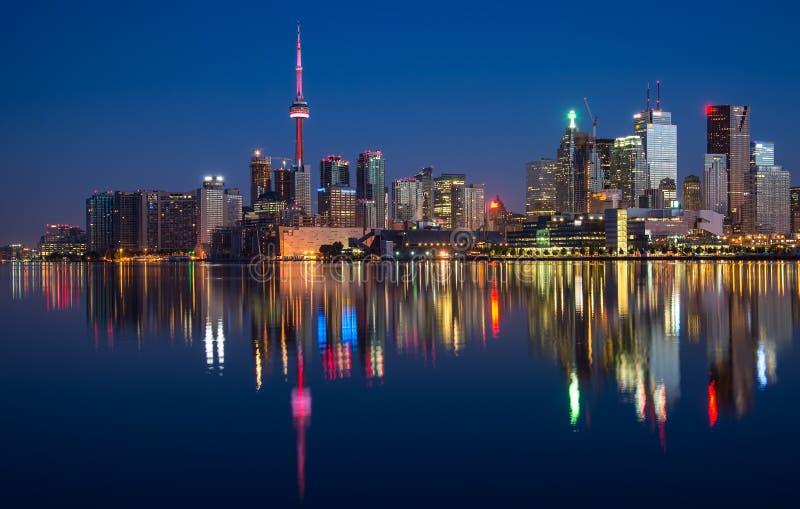 多伦多市地平线反射 免版税库存照片