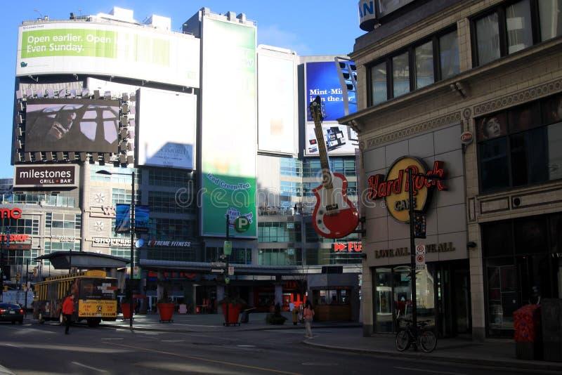 多伦多,加拿大- 1月8 2012年:多伦多中部都市风景  免版税库存图片