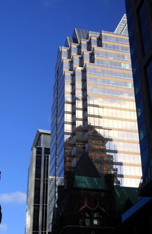 多伦多,加拿大- 1月8 2012年:摩天大楼在多伦多中部 库存照片
