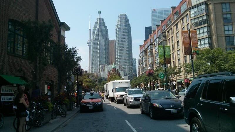 多伦多CN塔街市前面街道 免版税库存图片
