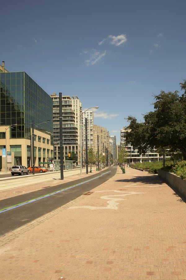 多伦多harborfront未经预约而来的区域和大厦 免版税库存图片