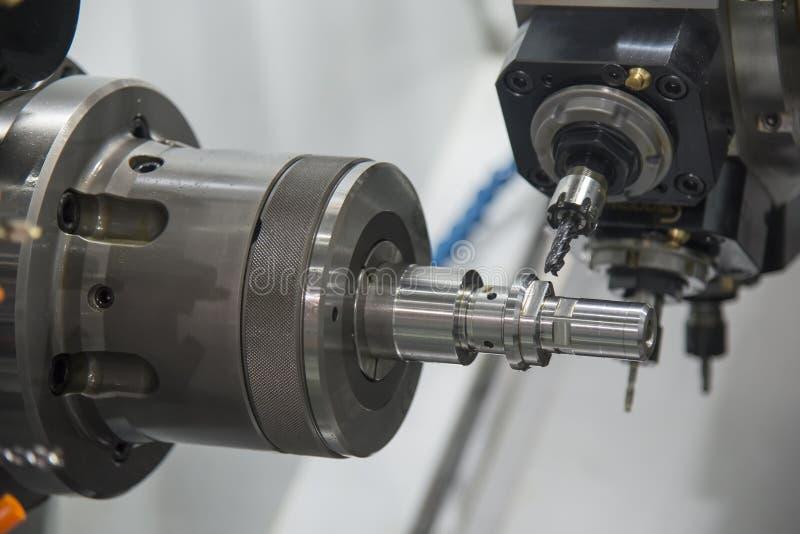 多作用CNC车床机器 免版税库存图片