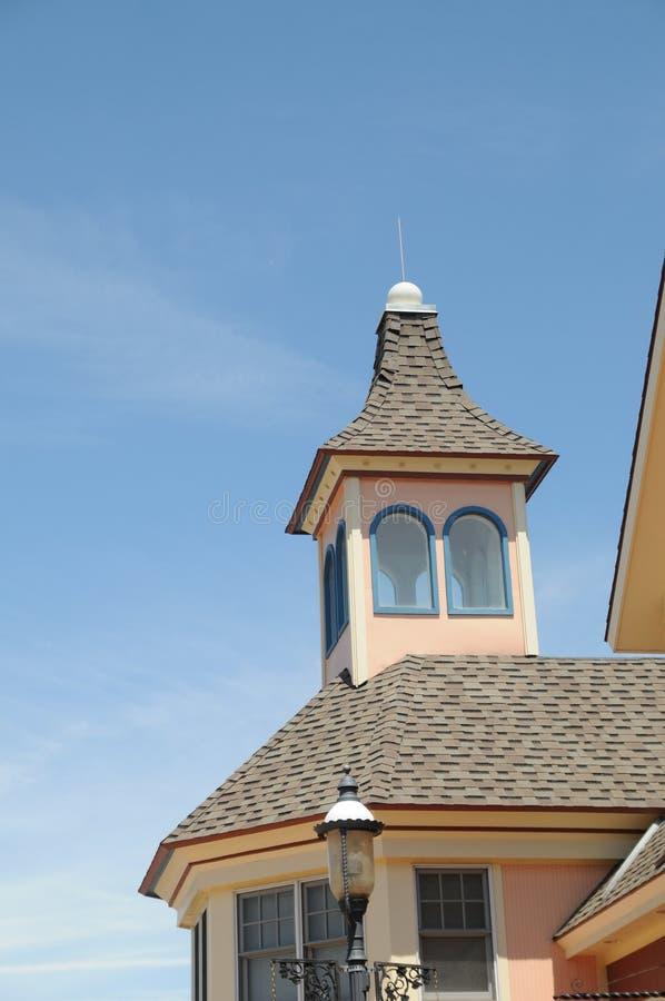 维多利亚女王时代的样式屋顶和圆屋顶在Mackinaw密执安 免版税库存图片
