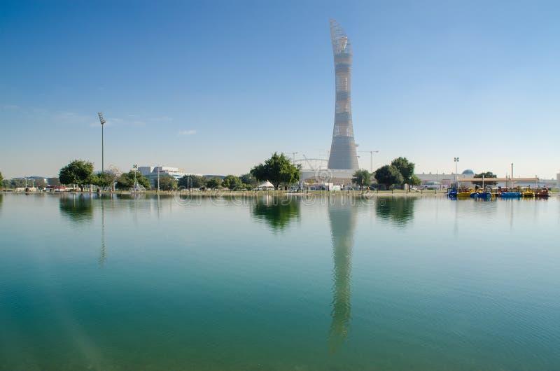 多哈,卡塔尔- 7月26 :在多哈体育城市复合体的向往塔 2015年7月26日在多哈,卡塔尔,中东 免版税库存照片