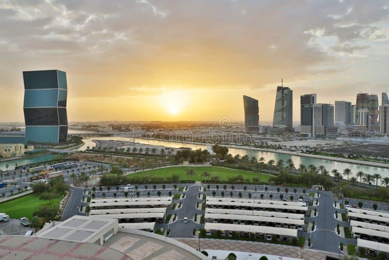 多哈,在日落期间的卡塔尔 免版税库存照片