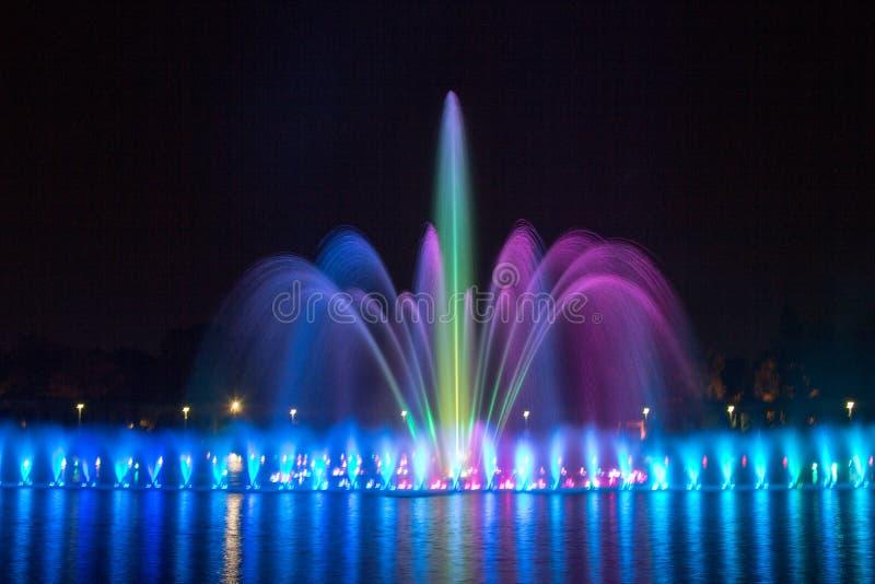 多媒体喷泉在Wroclaw 库存图片