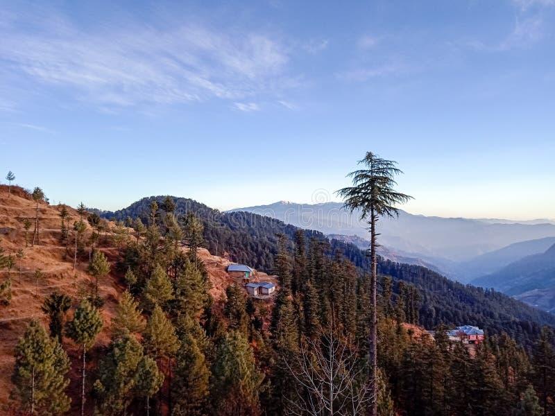多小山区域风景视图 库存照片