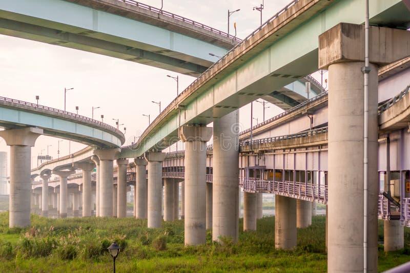 多层的跨线桥 库存图片