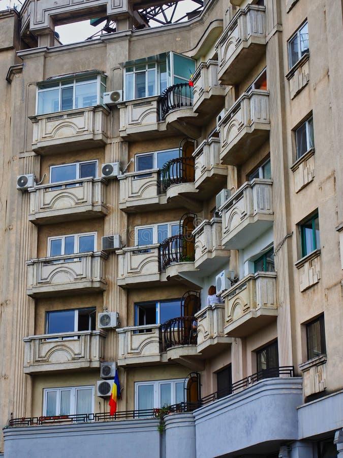 多平实公寓在布加勒斯特市,罗马尼亚 免版税库存图片
