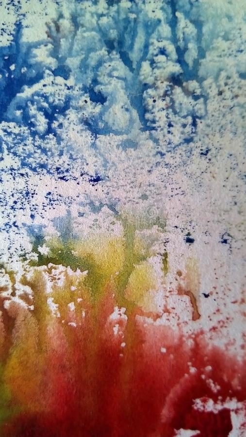 多彩多姿的水彩污点特写镜头在白皮书的 库存图片