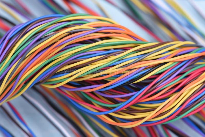 多彩多姿的电子计算机缆绳 免版税图库摄影