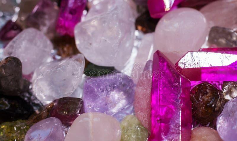 多彩多姿的石英矿块 图库摄影