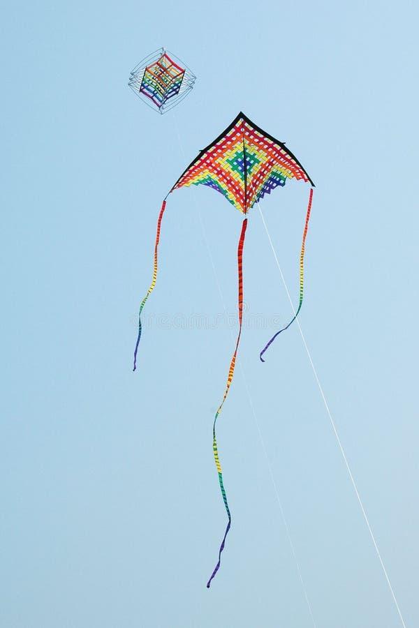 多彩多姿的风筝 免版税库存照片