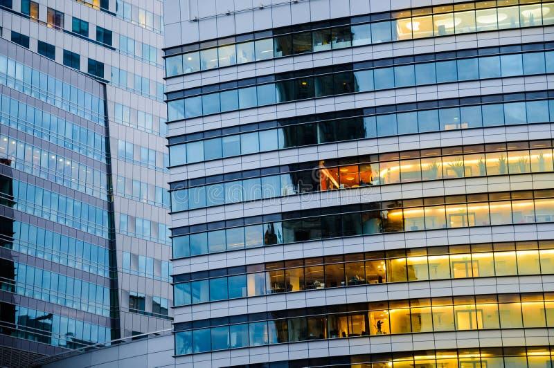 多楼层大厦 抽象纹理蓝色玻璃现代  库存照片