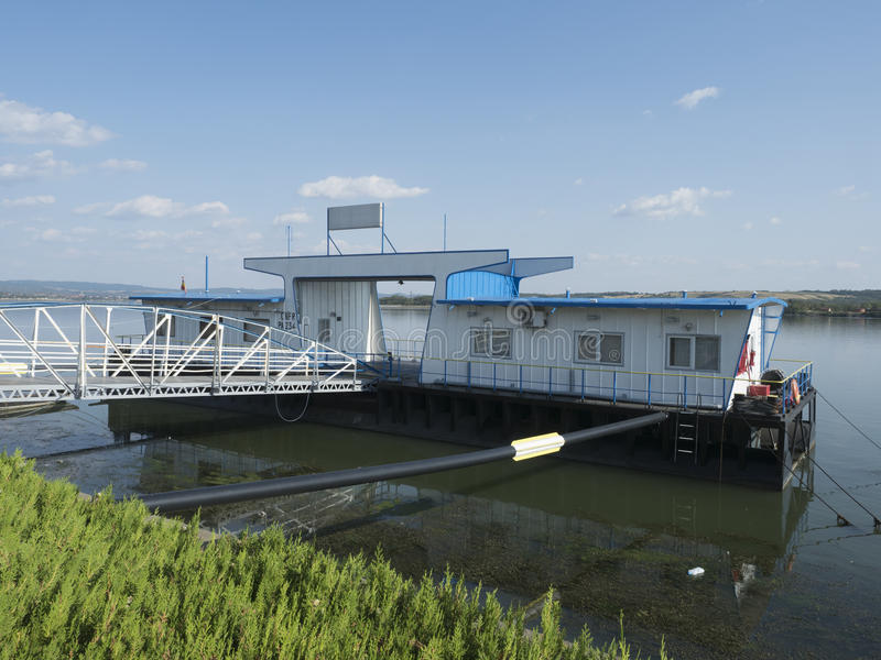 多瑙河口岸, Drobeta-Turnu Severin,罗马尼亚 免版税库存照片