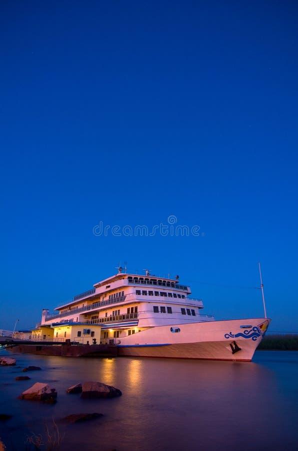 多瑙河游轮 免版税库存照片