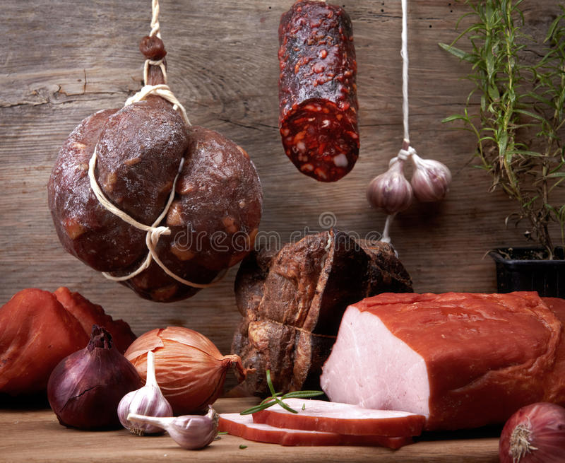 多种肉和香肠 免版税库存照片