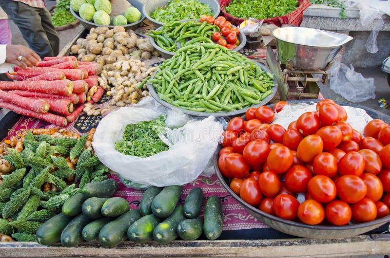 多种蔬菜在德里街市,印度上 免版税库存图片