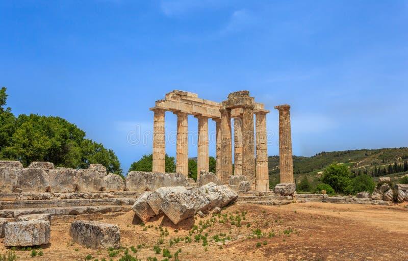 Download 多立克体寺庙废墟在古老Nemea,科林西亚州 库存照片. 图片 包括有 dion, 古典, 圣所, 希腊语 - 72367688