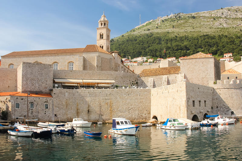 多米尼加共和国的修道院和旧港口 杜布罗夫尼克市 克罗地亚 库存图片