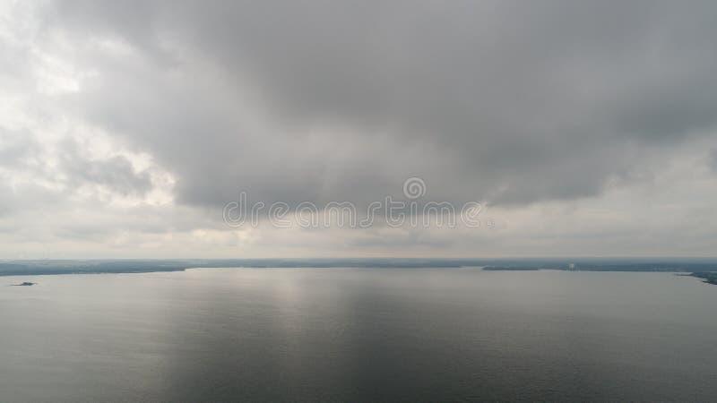 多雨海运 库存图片