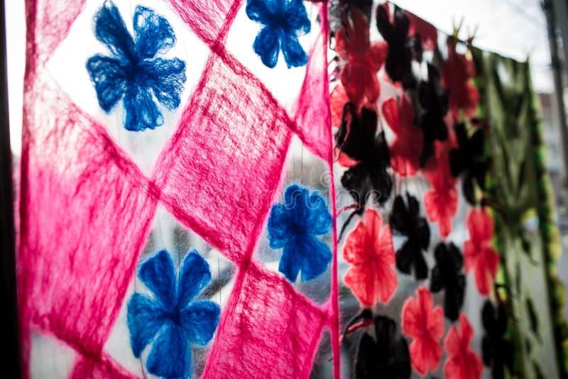 多颜色织品纹理样品细节  免版税库存照片