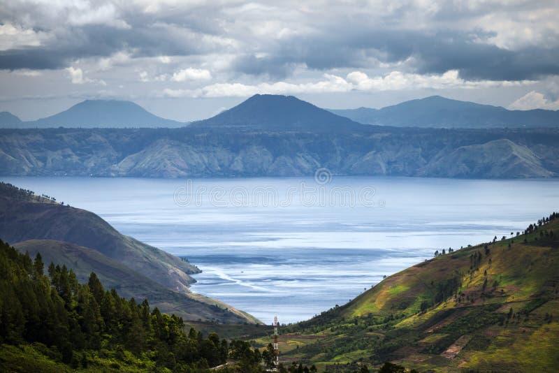 多巴湖在印度尼西亚,最大的火山的湖在世界上 库存图片
