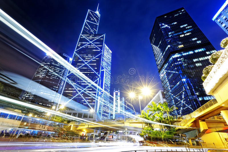 夜交通在香港市 免版税图库摄影