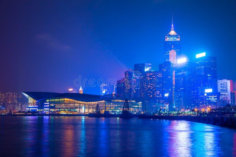 夜在香港市 维多利亚港口岸  免版税库存图片