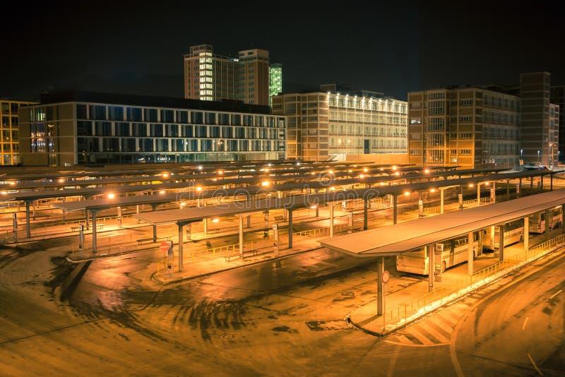 夜班车驻地 库存照片