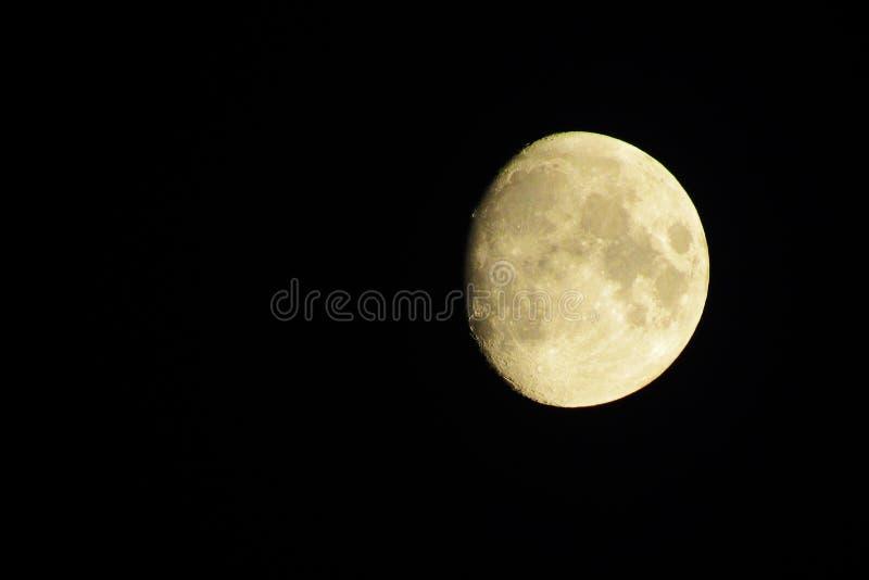 夜空中的月亮 免版税图库摄影