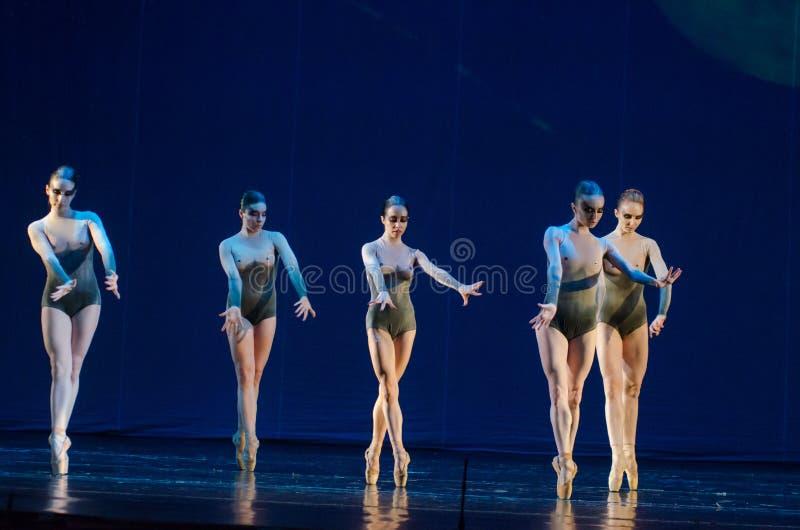夜芭蕾的孩子 免版税库存图片