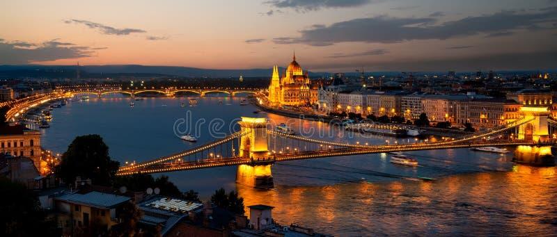 夜间在布达佩斯 库存照片